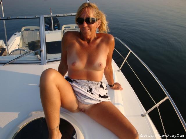 Public Nudity Photos - girls flashing in public
